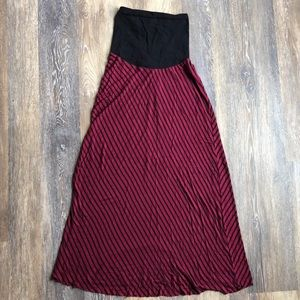 Small maternity skirt